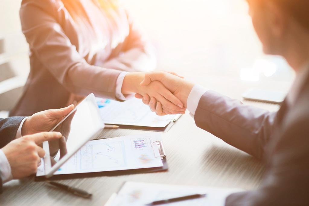 אילוסטרציה הסכם חוזה משרד דן אנד ברדסטריט
