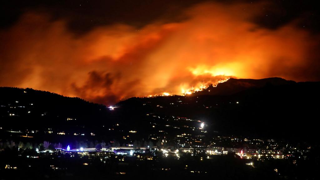 גלי חום, שריפות ממושכות ובצורות - משבר האקלים כבר משפיע על האמריקאים