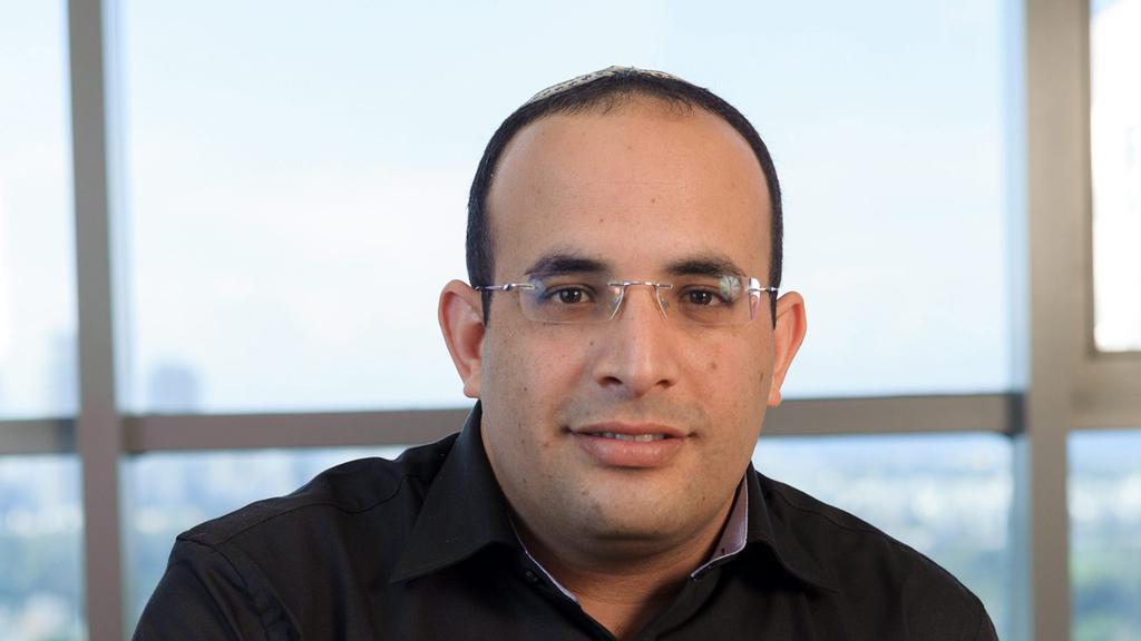 """אייל סיאני סמנכ""""ל ומנהל מקצועי של פסגות גמל ופנסיה"""
