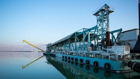משרד המשפטים מסתיר את חוות הדעת שפוטרת את מפעלי ים המלח מחוב של 65 מיליון שקל