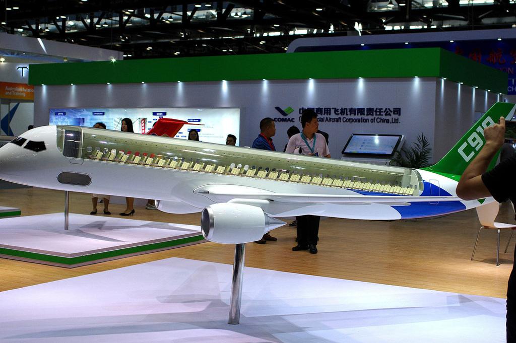 מטוס הנוסעים הסיני הראשון: איום לדואופול בואינג ואיירבוס 1038169_0_0_1200_798_0_x-large