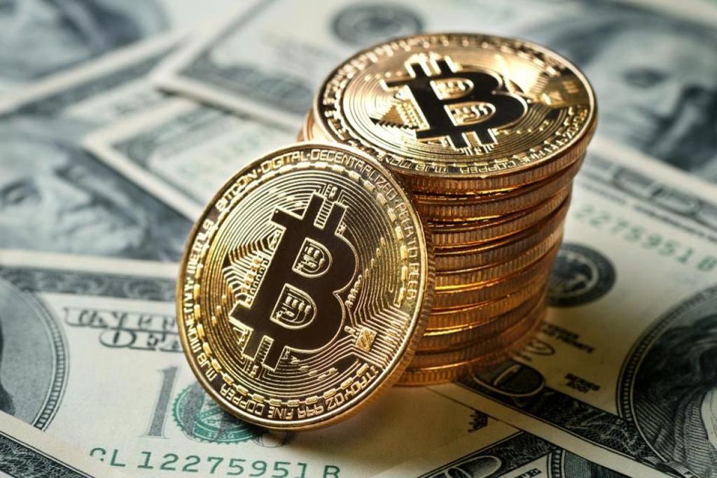 ביטקוין דולרים מטבע וירטואלי קריפטו כסף