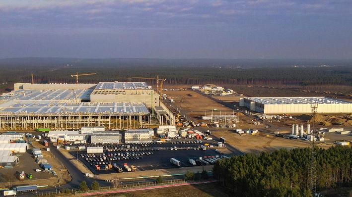 טסלה תדחה את פתיחת המפעל בגרמניה לשנה הבאה