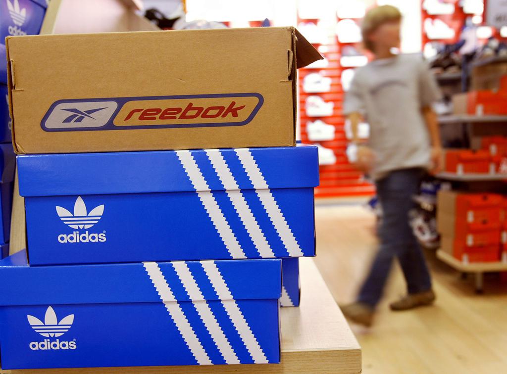 נעלי ספורט אדידס ריבוק