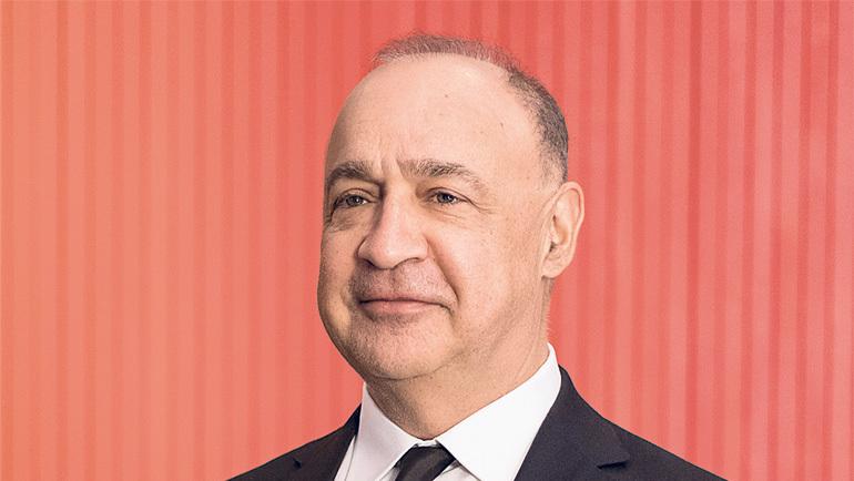 """בלעדי ל""""כלכליסט"""": לן בלווטניק רוכש את חלקו של אלוביץ' ב־yes"""