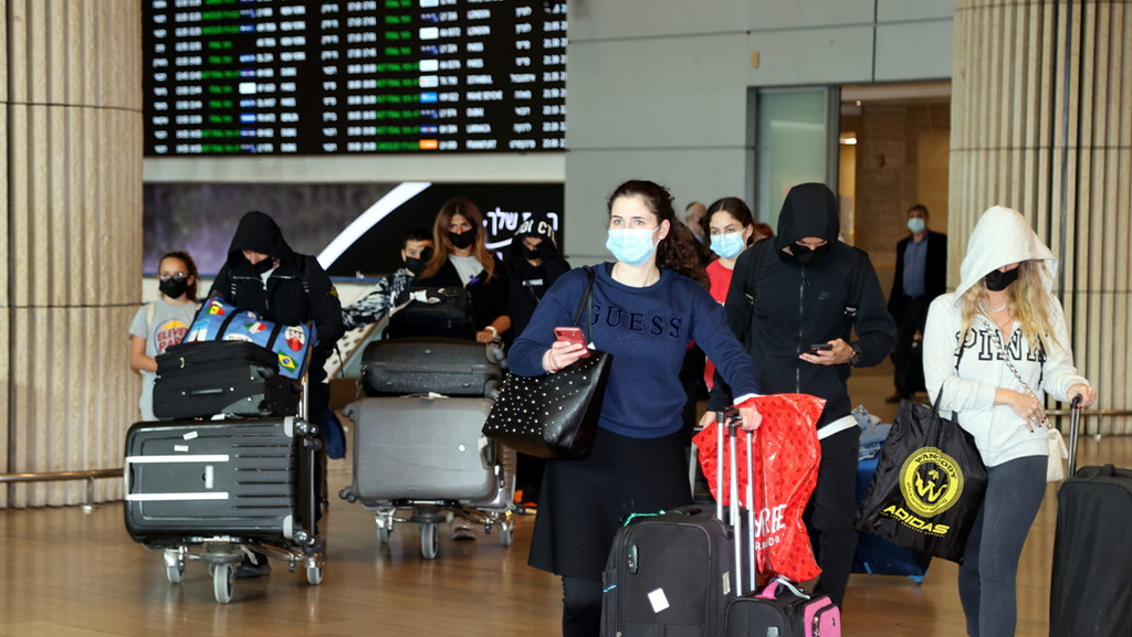 """הישראלים חוזרים לחו""""ל: מספר הנוסעים באפריל כמעט כפול ממרץ"""