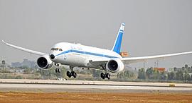 """מטוס אל על 787 ממריא מ נתב""""ג , צילום: יאיר שגיא"""