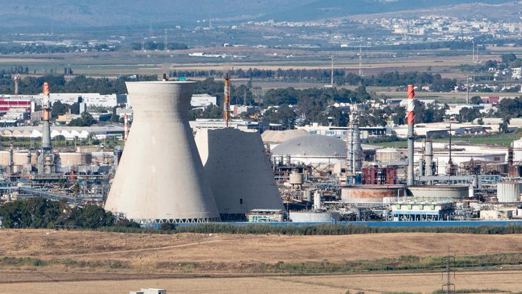 המפעלים יפונו ממפרץ חיפה בעוד עשור (אולי)