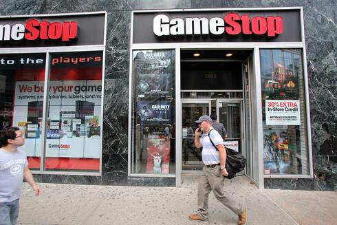 חנות של גיימסטופ, צילום: שאטרסטוק