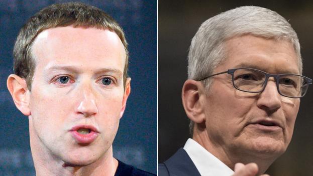 """משמאל מארק צוקרברג מנכ""""ל פייסבוק וטים קוק מנכ""""ל אפל, צילומים: בלומברג, איי אף פי"""