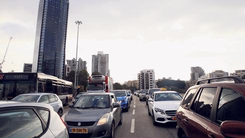 עומס תנועה בתל אביב, צילום: אוראל כהן