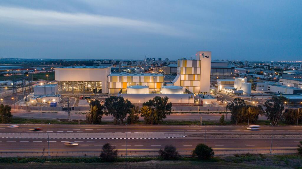 תחנת הכוח ב באר טוביה