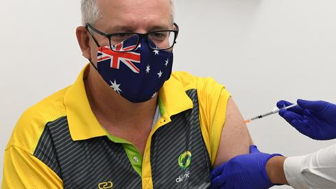 ראש ממשלת אוסטרליה סקוט מוריסון מתחסן נגד קורונה, צילום: איי פי