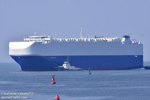 הספינה הליוס ריי השייכת לרמי אונגר, שנפגעה מפיצוץ מסתורי במפרץ עומאן, צילום: Katsumi Yamamoto, MarineTraffic.com