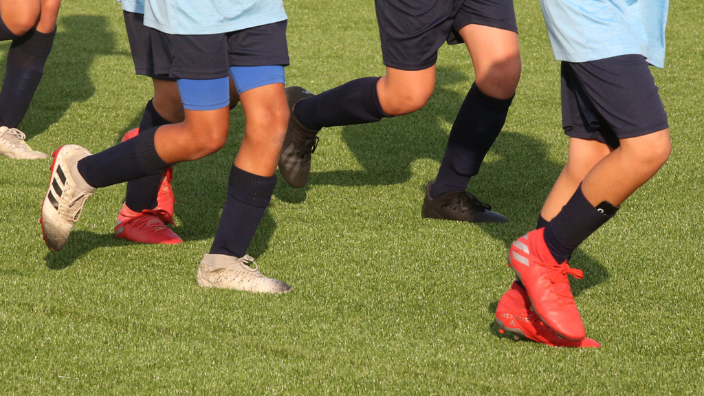 אימון ילדים בקבוצת כדורגל מכבי פתח תקווה