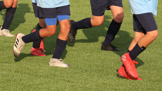 אימון ילדים בקבוצת כדורגל מכבי פתח תקווה, צילום: אורן אהרוני