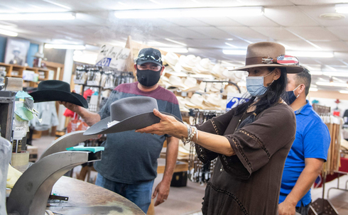 טקסס. המושל ביטל את חובת עטיית המסיכות, צילום: איי אף פי