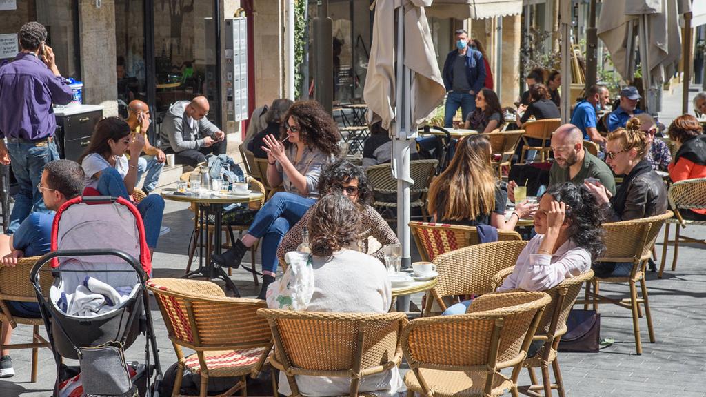 ירושלים הקלות מגבלות קורונה סגר התו הירוק תו ירוק פתיחה מסעדה מסעדות בית קפה בתי קפה סועדים