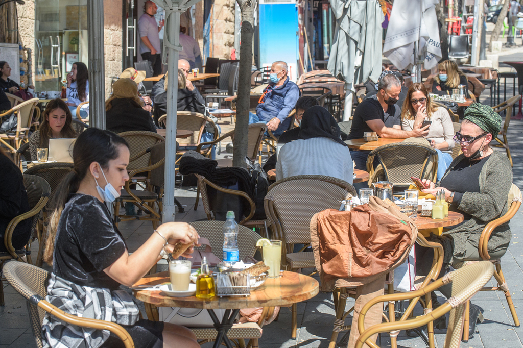 ירושלים הקלות מגבלות קורונה סגר התו הירוק תו ירוק פתיחה מסעדה מסעדות בית קפה בתי קפה סועדים 1