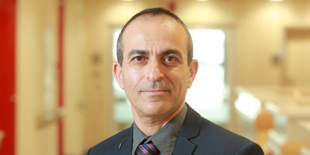 פרופ' רוני גמזו כנס חדשנות רפואית