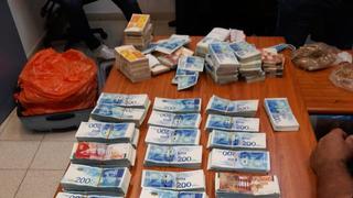 כסף שנמצא בכספת של איש העסקים הישראלי פטריק אלוני שנעצר בחשד שעקץ חברה אמריקאית