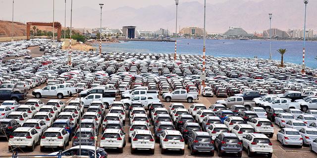 צי רכבים חדשים מכוניות ב נמל אילת
