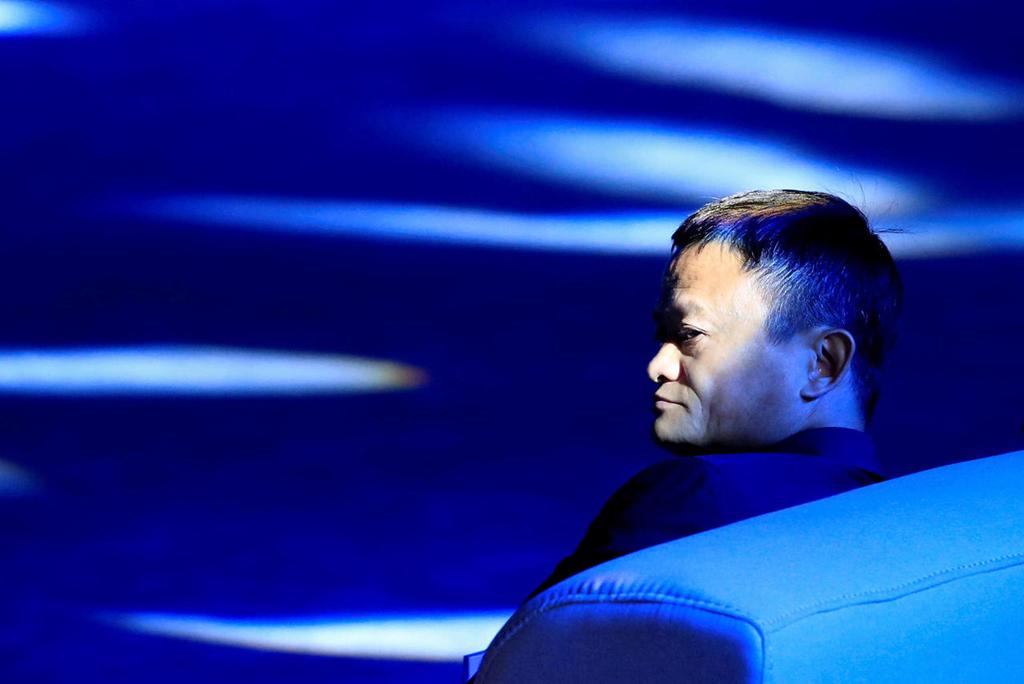 מייסד עליבאבא ג'ק מא ב בייג'ינג הופתעו מהיקף פעילות התקשורת