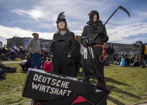 המחאה בעיר קאסל, גרמניה, צילום: גטי אימג