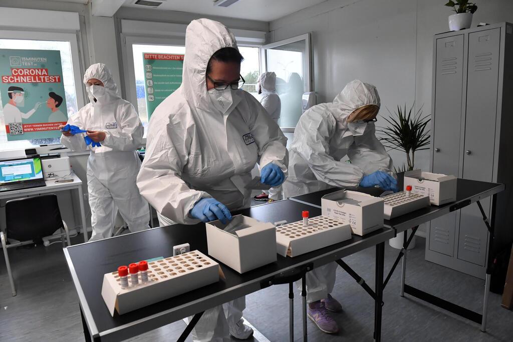 דיווחים: צוותים רפואיים בפולין משתמשים בעירויים כדי להתגבר על העייפות