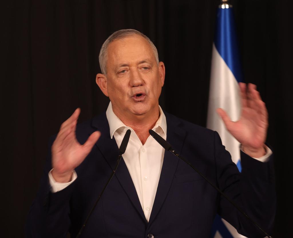 """בני גנץ יו""""ר כחול לבן שר הביטחון מסיבת עיתונאים 31.3.21"""