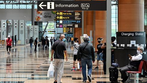 סינגפור מקלה על נוסעים מחוסנים משמונה מדינות נוספות