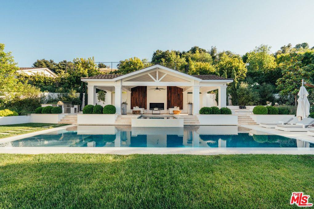 מדונה קנתה בית הידן הילס Hidden Hills לוס אנג'לס 5
