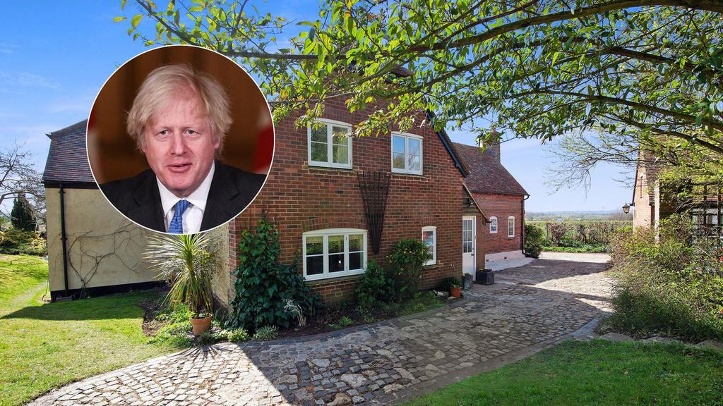 סתימה בכיור? פנו לראש הממשלה: בית כפרי של בוריס ג'ונסון מוצע להשכרה