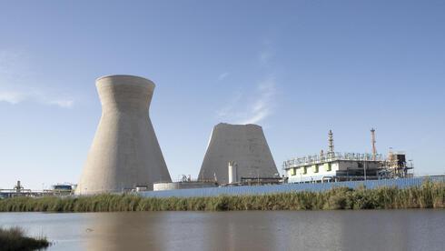 ההצהרות על הפחתת פחמן נתקלות בחוזי נפט ופיתוח שדות גז טבעי