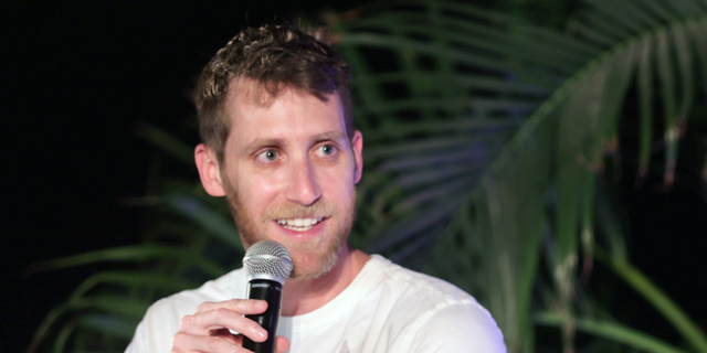 """אסף רפפורט מייסד שותף מנכ""""ל WIZ טק על הגג"""