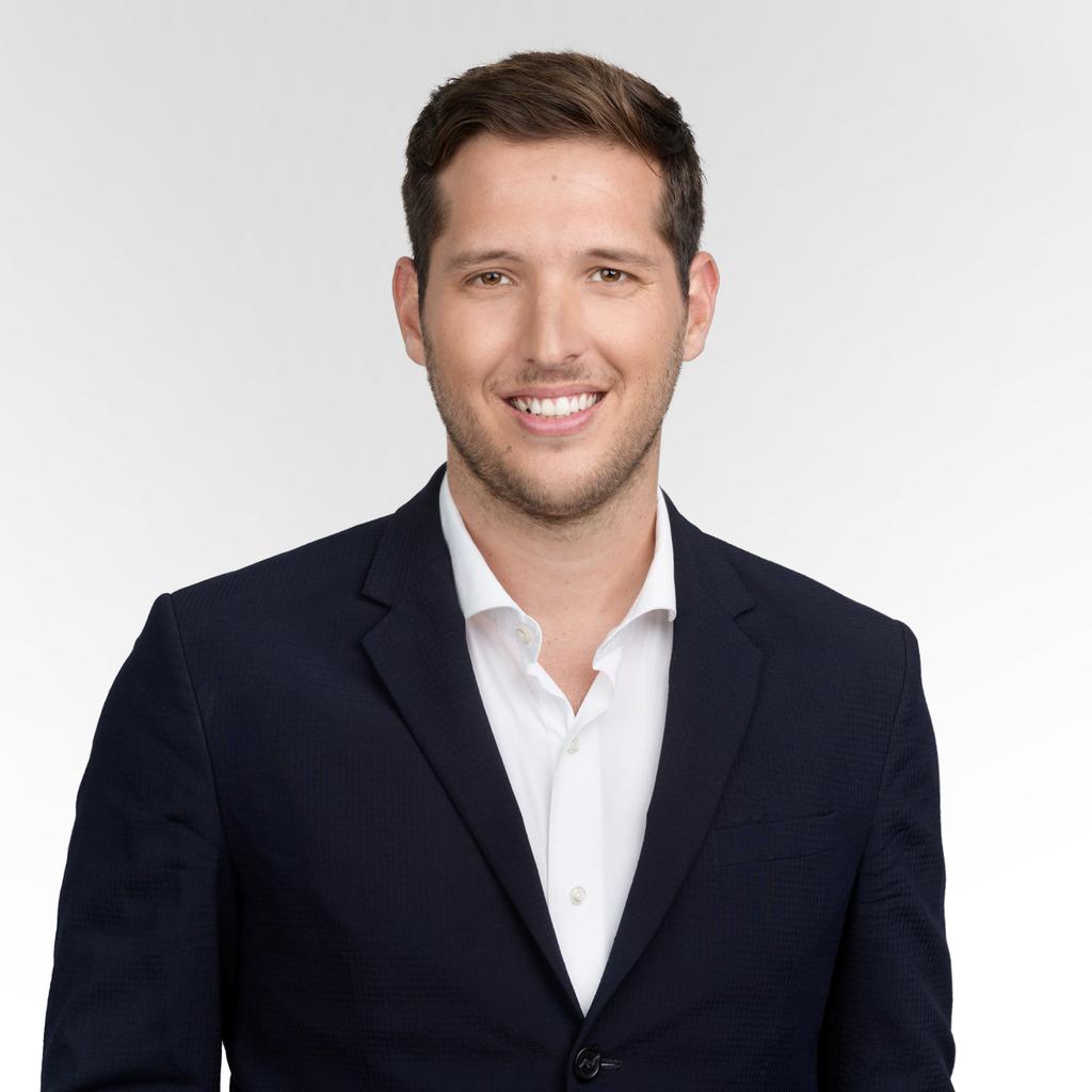 """עמית קורץ מייסד סוויטווד ונצ׳ר קפיטל בע""""מ"""