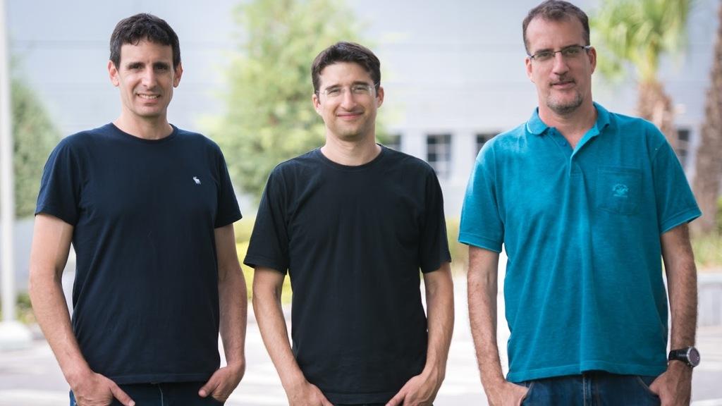 מימין עודד הר טל אייל כהן ו דידי גורפינקל מייסדי DataRails