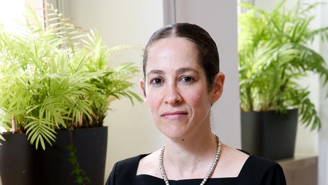 שירה גרינברג, הכלכלנית הראשית במשרד אוצר , אלכס קולומויסקי