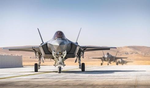"""מטוסי ה-F-35 החדשים נוחתים בנבטים, דובר צה""""ל"""