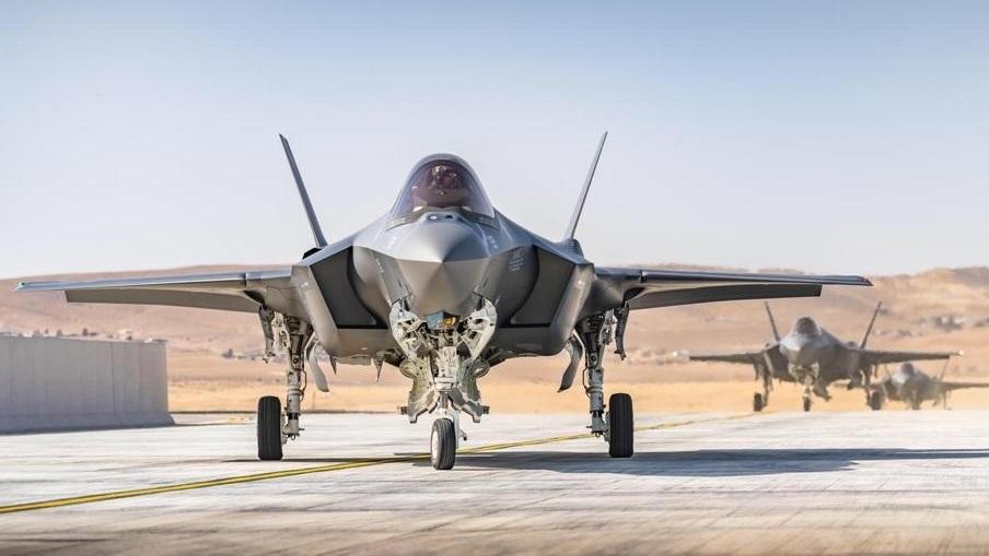 לאחר עיכוב ממושך: 3 מטוסי האף-35 החדשים נחתו בישראל