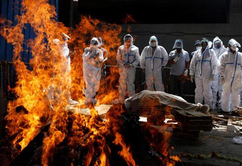 שריפת גופה של חולה קורונה, רויטרס