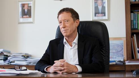 """ראש המועצה הלאומית לכלכלה אבי שמחון. """"אם לא נשים דד ליין פינוי בזן לא יקרה לעולם"""", צילום: עמית שאבי"""
