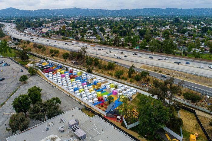 כפר הומלסים פארק אלכסנדריה לוס אנג'לס 3