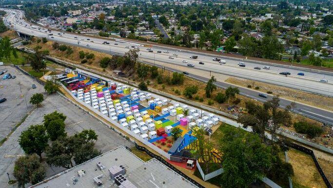 כפר הומלסים, פארק אלכסנדריה לוס אנג'לס, Lehrer Architects