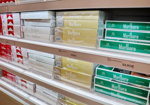 סיגריות של מרלבורו (מנטול - באריזה הירוקה), שאטרסטוק