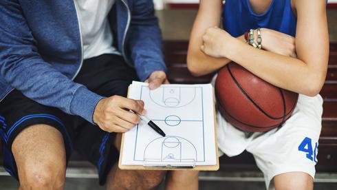 המשבר השקט של הכדורסל הישראלי: 42% מהמאמנים שוקלים פרישה