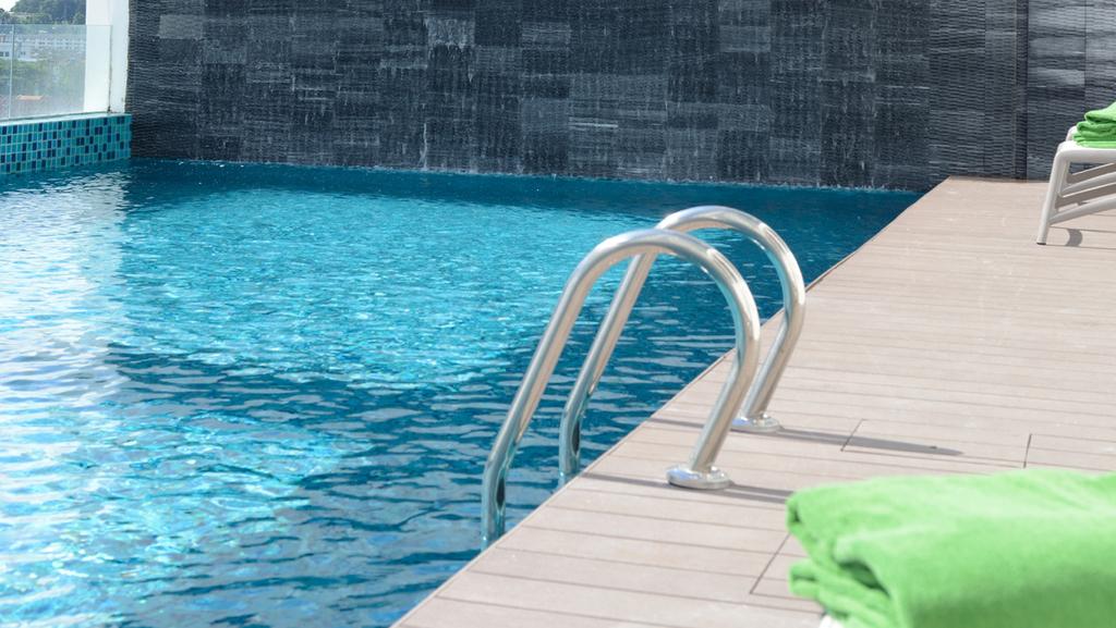 """מים עד נפש: ת""""א לא תאשר עוד הקמת בריכות בדירות גן"""