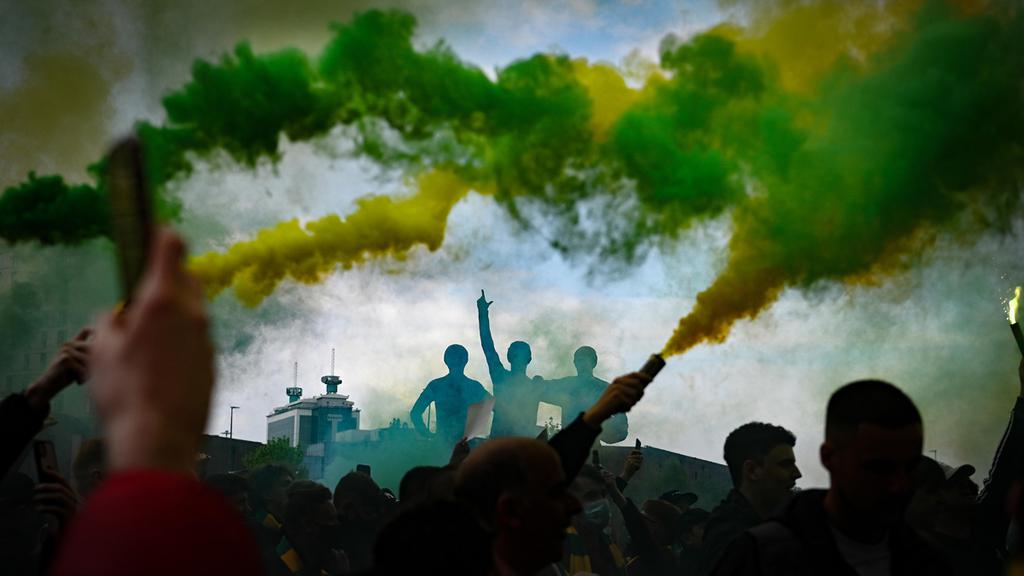 משחק הכדורגל בין מנצ'סטר יונייטד ל ליברפול פוצץ 2.5.21