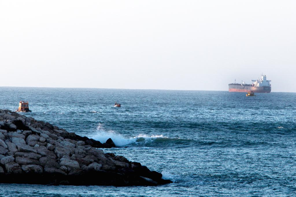 מיכלית נפט ב נמל אילת