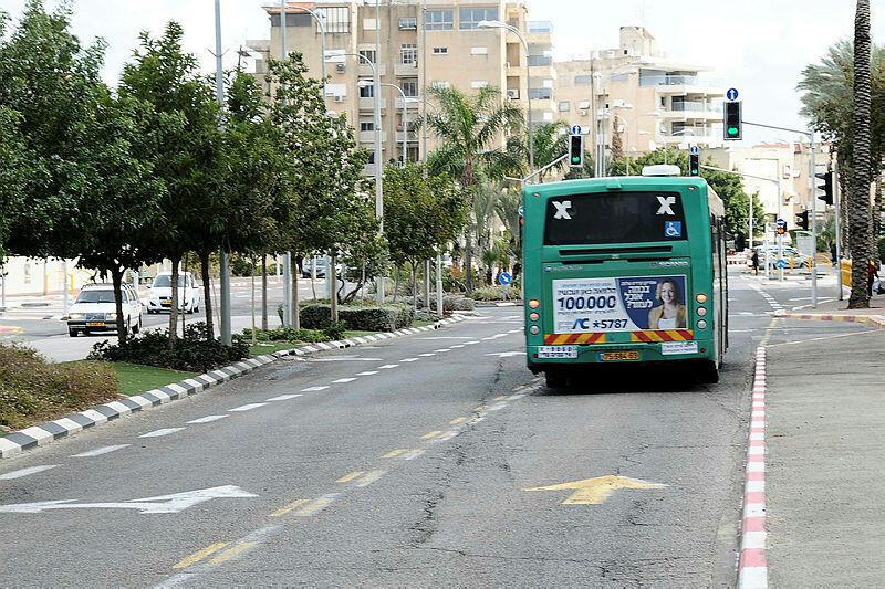"""נתיבי תחבורה ציבורית אוטובוס נת""""צ קריית מוצקין"""